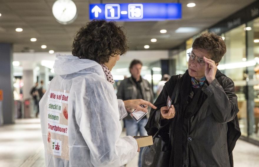 09.09.2014; Brot fuer alle Aktion im Bahnhof Bern. Photo Monika Flueckiger