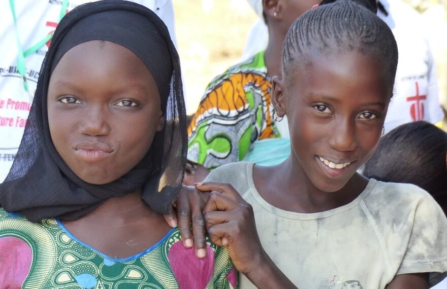 Zwei Frauen aus Senegal