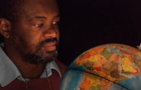 akte - Header-Hintergrund-Globus