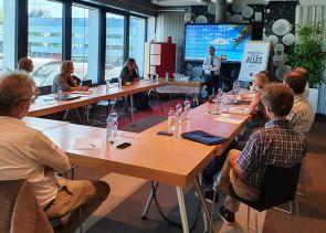 Die Studie über die Rechte der Bäuerinnen und Bauern und die Schweizer Aussenpolitik wird vorgestellt.